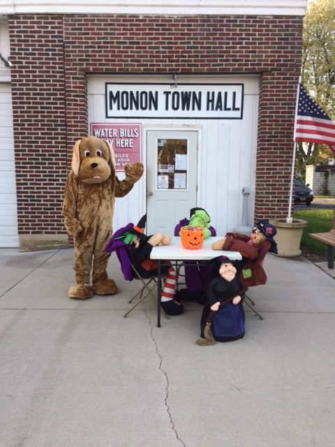 Trick-or-Treat at the Town Hall 2016